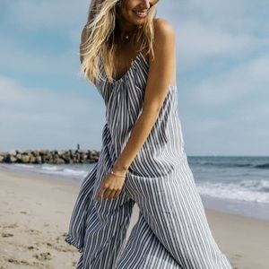 XS striped flowy romper/jumpsuit